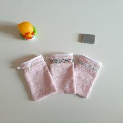 gant de toilette enfant rose