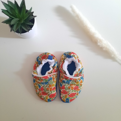 en stock : Chaussons en liberty poppy and