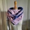 Grand foulard coton rose et tissu doudou bleu